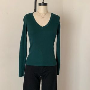 Brandy Melville green ribbed vneck Leah top NWT